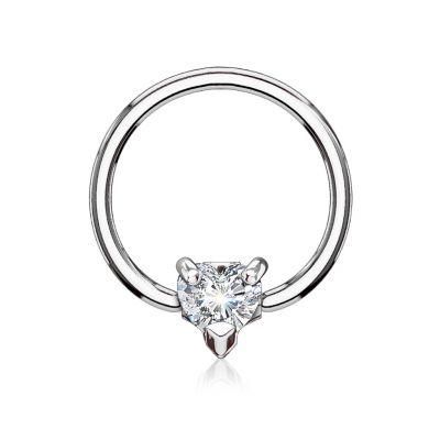 Karolinis žiedas su širdeles formos akmenuku